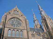 Conflict over Catharinakerk bijgelegd; wethouder Schreurs hoopt carnavalsmis weer terug te halen