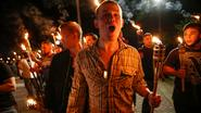 """Neonazi's en Ku Klux Klan zijn vol lof over Donald Trump: """"Nu moeten wij hém rugdekking geven"""""""