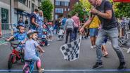 Kinderen rijden hun ronde van Overleie