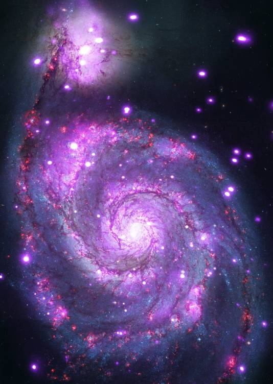 Foto gemaakt door Hubble van een melkwegstelsel op 30 miljoen lichtjaar afstand van de aarde.