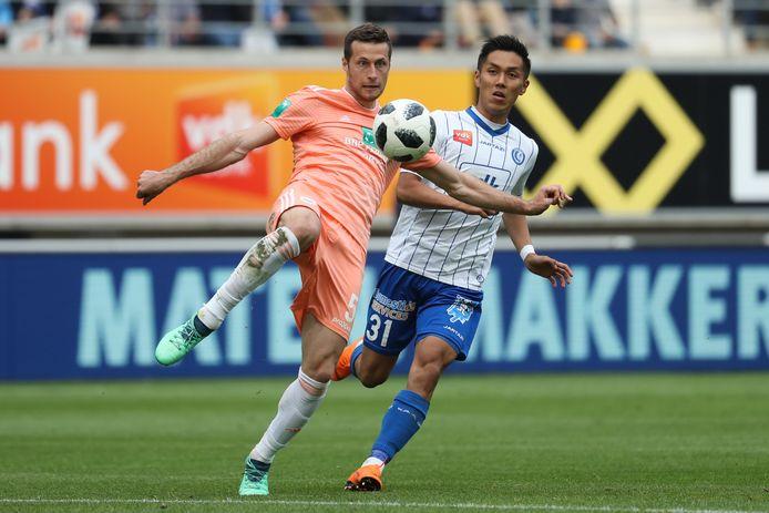 Uros Spajic in 2018 in actie namens Anderlecht tegen AA Gent.