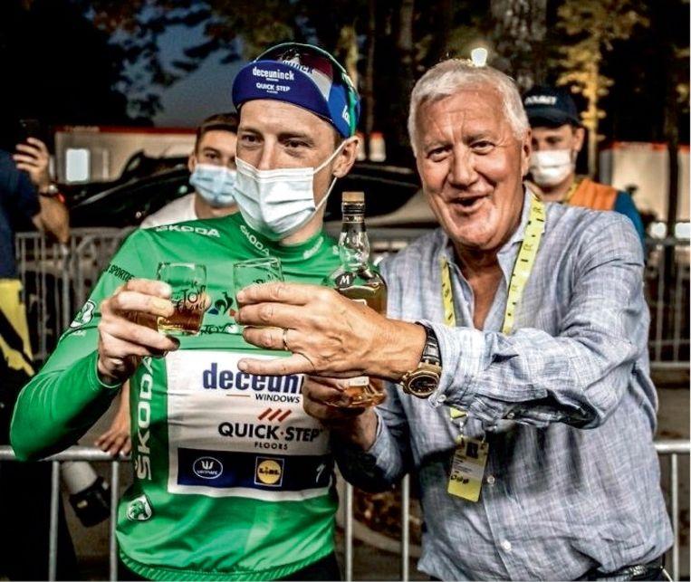Het is altijd al Sams droom geweest om voor het team van Patrick Lefevere te rijden. Zoals hij voor zijn renners zorgt, dat zie je nergens anders. Beeld