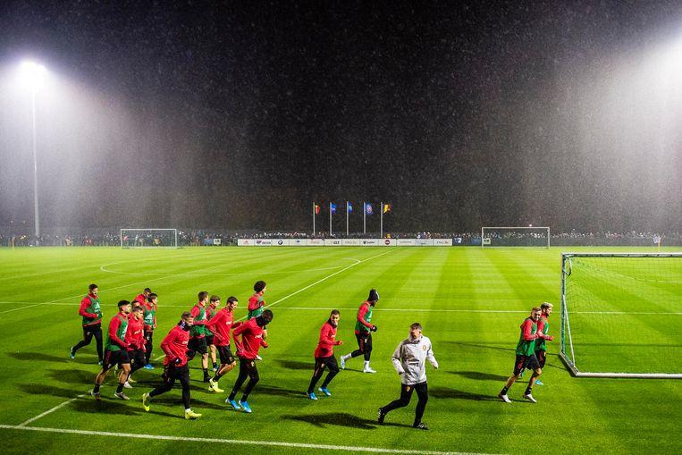 De Rode Duivels tijdens een training in hun nationaal trainingscentrum op de grens van Halle en Tubeke twee weken geleden.