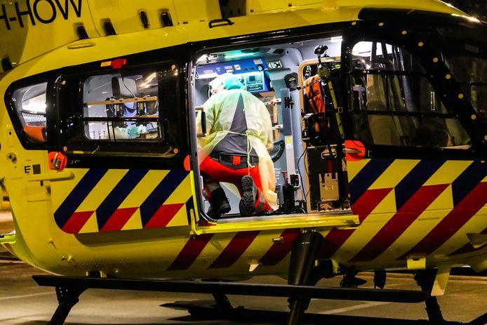 Coronapatient wordt overgeplaatst per traumahelikopter. Foto ter illustratie.