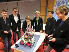 Robotteam Sondervick College Veldhoven pakt prijs op Spanish Open