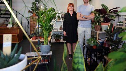 Communicatiebureau opent... plantenwinkel