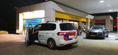 Man met mondkapje overvalt tankstation in Enschede