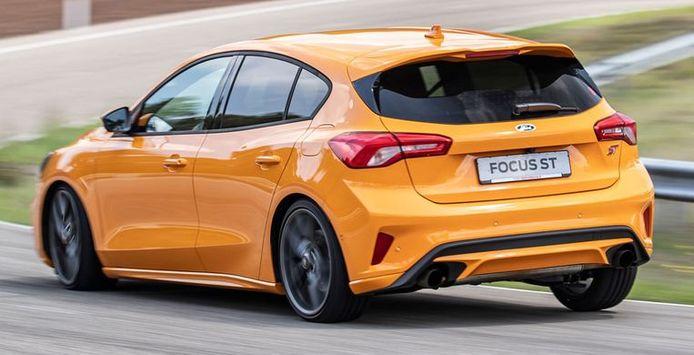 La Ford Focus ST.