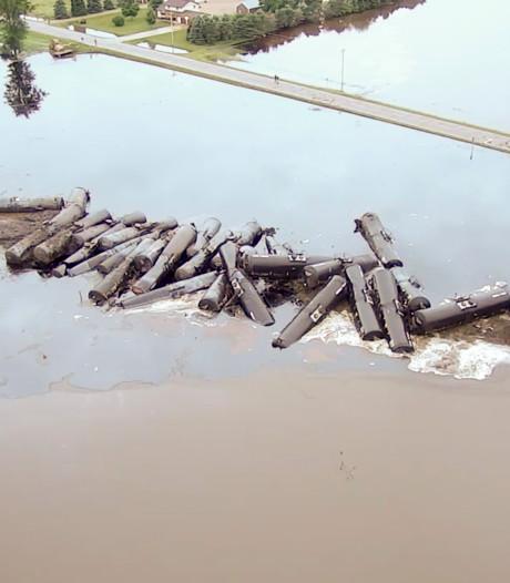 870.000 liter olie weggelekt in rivier VS door treinongeluk