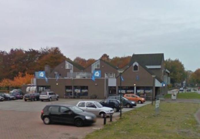 Albert Heijn aan Adrianusplein in Sint-Michielsgestel.
