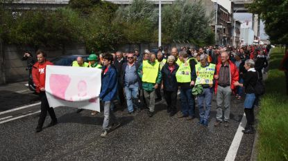 Honderden mensen op uitvaart vakbondsman Stan Vanhulle