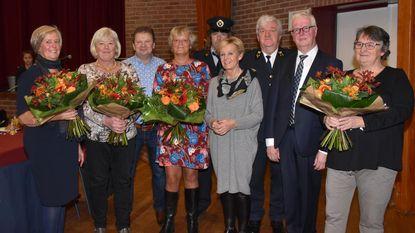 Gepensioneerde medewerkers gemeente in de bloemetjes gezet