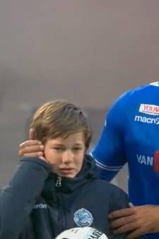 Supporter uit Oosterhout verdubbelt streefbedrag voor ballenjongen Jens: 'Ik zat met schaamte in het stadion'