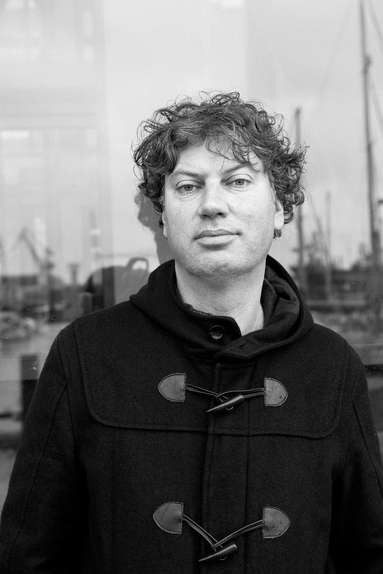 Bas Kok, auteur van Oerknal aan het IJ Beeld Roï Shiratski