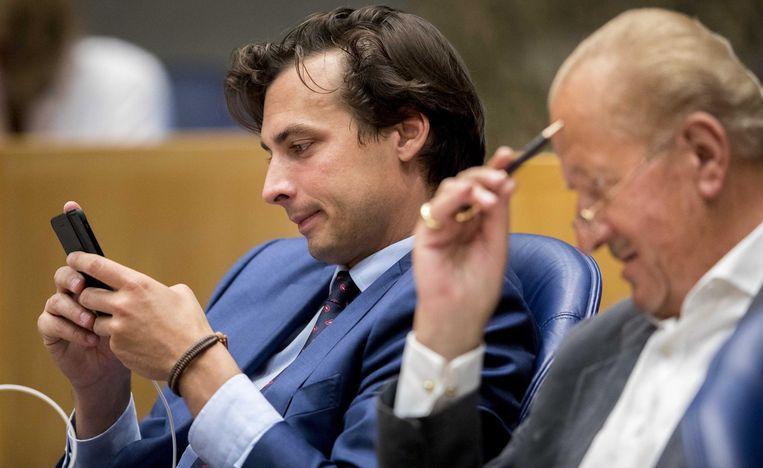 Thierry Baudet naast Theo Hiddema in de Tweede Kamer Beeld anp
