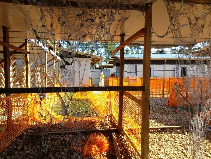Het vernielde ebolacentrum in Katwa.