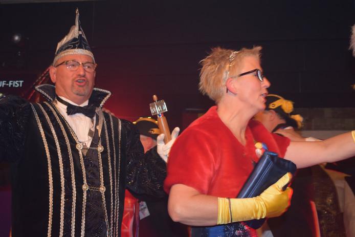 Prins Judocus IX en Prinses Yvonne in hun eerste polonaise als hoogheden over Bokkendonk.