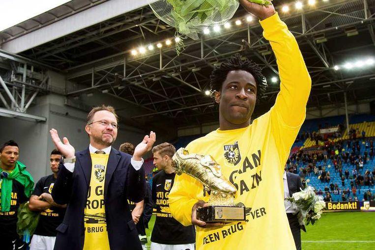 Bony met de gouden schoen. De Vitesse-spits werd met 31 doelpunten topscorer van de Eredivisie. Beeld anp