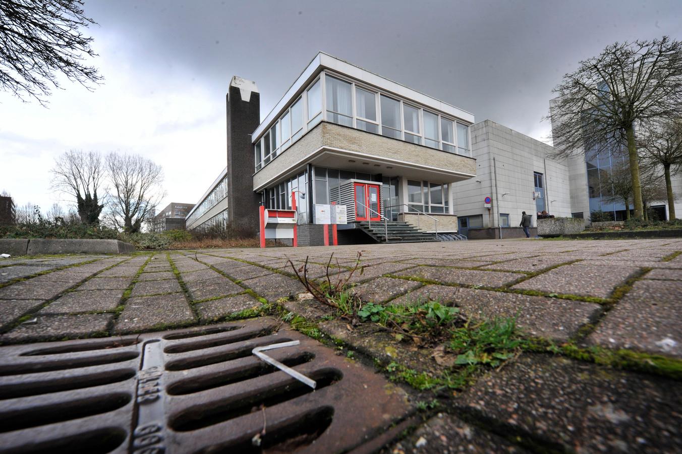 Het voormalige Wegenerpand, nu bed-bad-broodopvang.