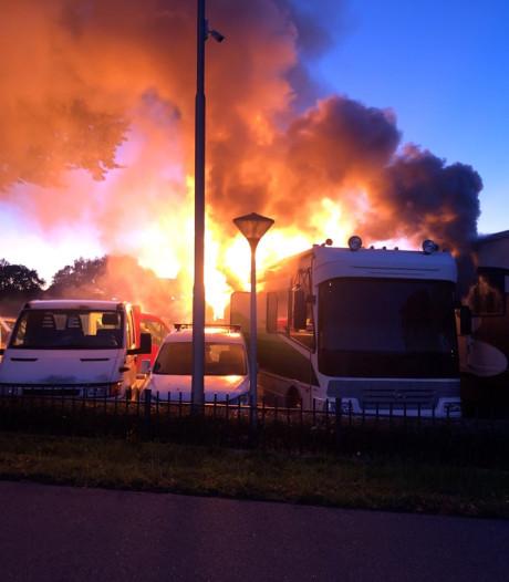 Politie pakt man (39) op in Putten die vermoedelijk camper in brand stak