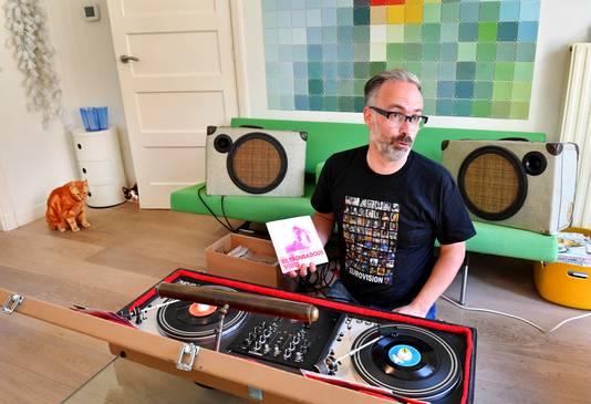 Edwin Niemantsverdriet organiseert zaterdag een feestje in de Thiemeloods voor de finale van het Songfestival