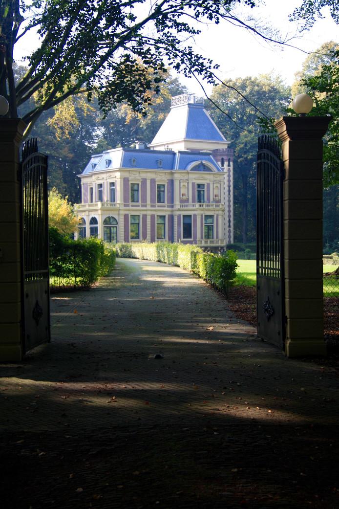 Landhuis Groot Spriel in Putten wordt op dit moment gerenoveerd