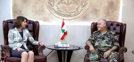 Oud-ambassadeur terug in Beiroet om crisis op hard getroffen ambassade te bezweren
