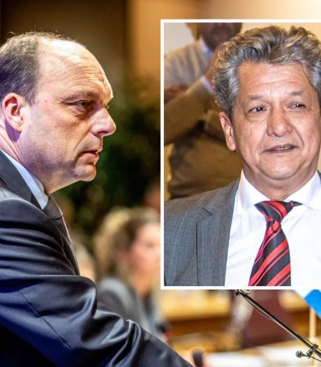 Zwolse burgemeester doet aangifte tegen stelend raadslid: 'Onacceptabel'