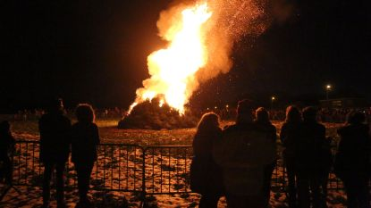 Dertiende kerstboomverbranding in Beert
