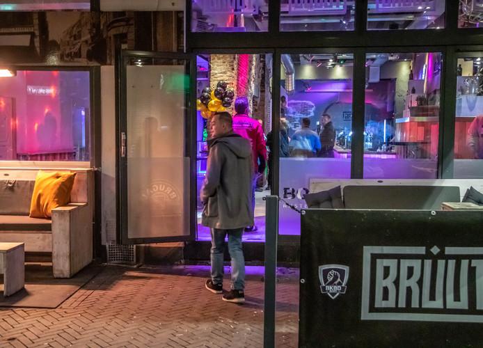 Café Bruut.