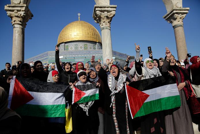 Palestijns protest bij de al-Aqsa moskee in Jeruzalem.