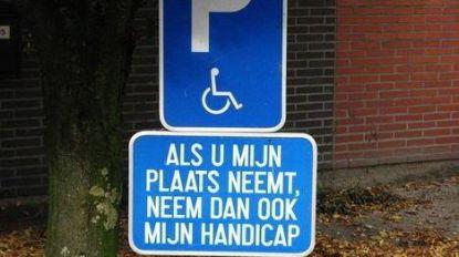 Drie wagens getakeld op plaatsen voor mindervaliden