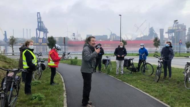 Frans Van Acoleyen fietst miljonairsroute door Gentse kanaalzone