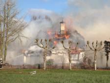 Woning aan Opweg door brand verwoest