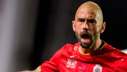 """Defour legt transfer naar Antwerp bloot: """"In het begin van de zomer zag ik een terugkeer naar België niet zitten"""""""
