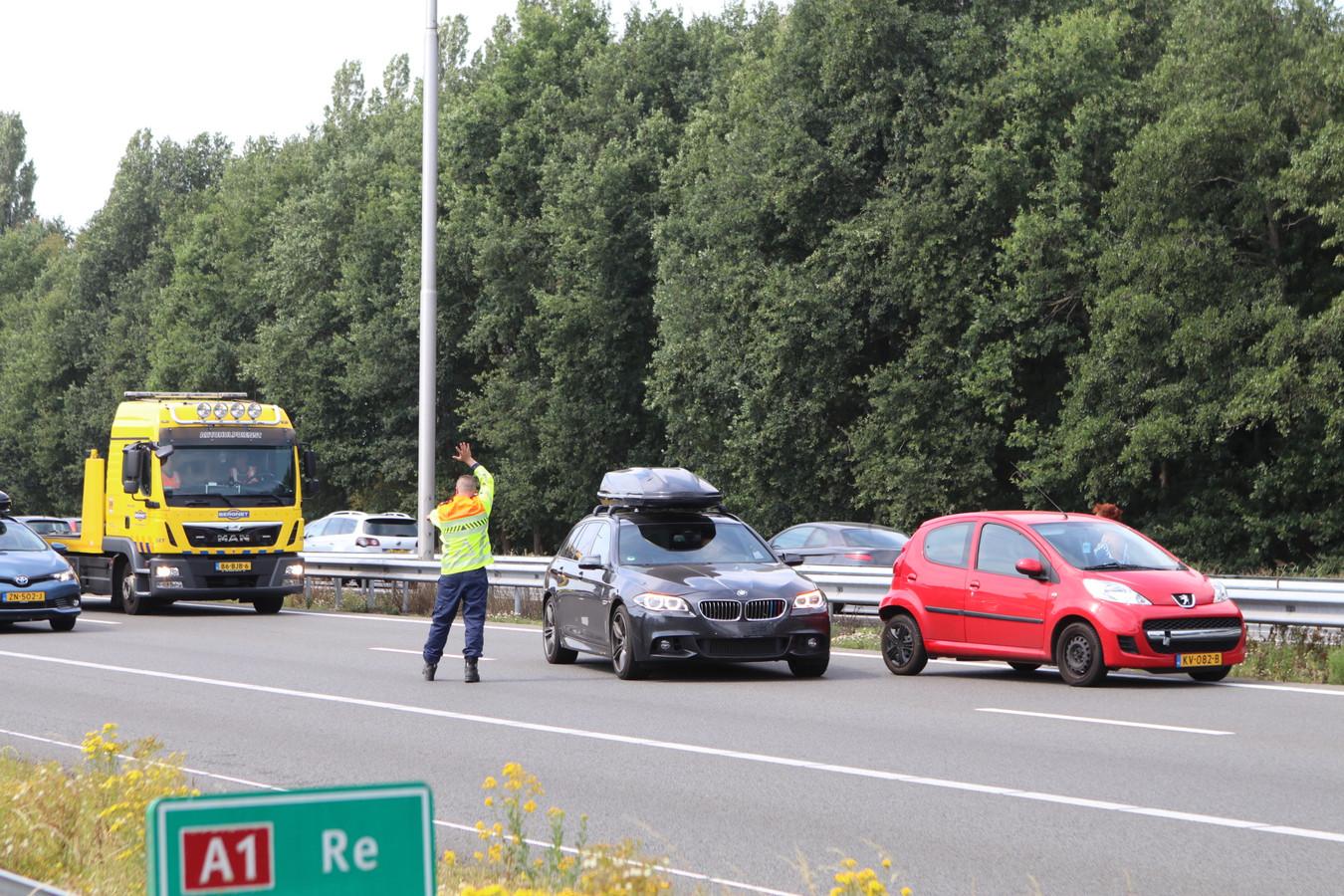 Botsing op de A1 ter hoogte van Terschuur.