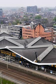 Door de ramen de wolken weer zien: complete renovatie'zwevend' stationsdak Tilburg duurt een jaar