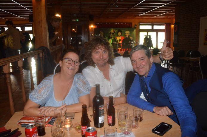 Nancy Hertveldt, Rino Van Vaerenbergh en Gunther De Grom kwamen een bezoekje brengen aan de Rolling Stones-fandag.