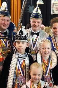Carnavalisten in Nijmegen voor traditionele Prinsentreffen