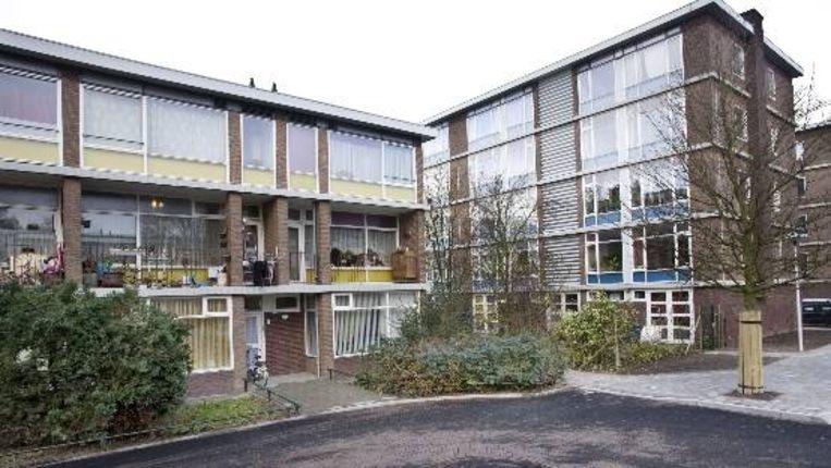 Een door architect Gerrit Rietveld ontworpen complex woningwetwoningen aan de Robijnhof in Hoograven. Beeld