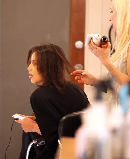 Kim op één van haar vele kappersafspraken