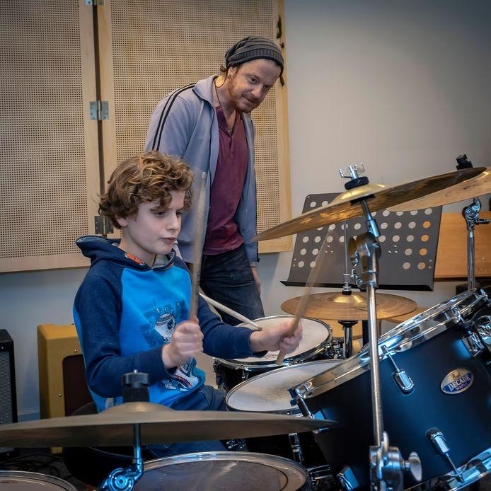 De Suite is dé plek waar in Roosendaal muziekonderwijs gegeven wordt. Maar blijft dat ook zo?