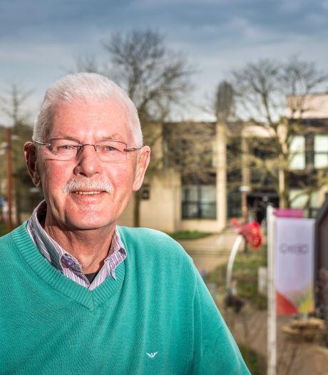 Tubbergse VVD-coryfee Rinus Visscher onderscheiden met Thorbecke-penning