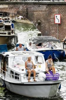 Ook Utrechtse bootjes moeten aan de elektrische laadpaal