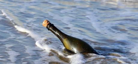 Flessenpost uit Nieuw-Zeeland spoelt acht jaar later in Spanje aan