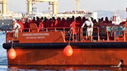 Spaanse kustwacht redt meer dan 200 bootvluchtelingen