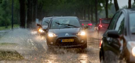 Noodweer trekt over Limburg, veel wateroverlast
