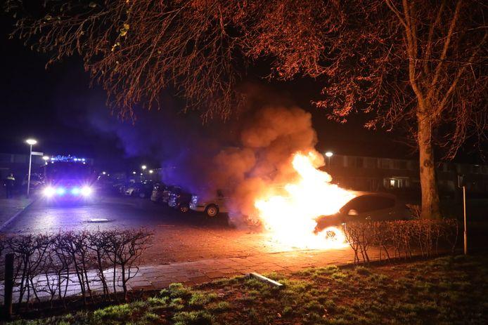 Autobrand in Waalwijk.