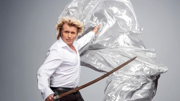 Hans Klok: 'Ik ben gewoon niet zo'n op-de-barricades-homo.' Beeld Martin Dijkstra