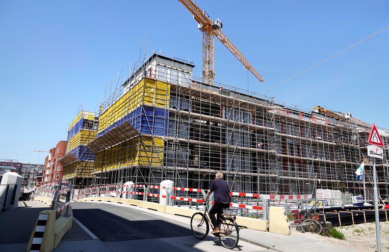 Nieuwbouw bij de Houthavens in Amsterdam. Beeld Hollandse Hoogte / Berlinda van Dam
